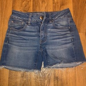 3 for $10. Hi-rise shortie American Eagle shorts.